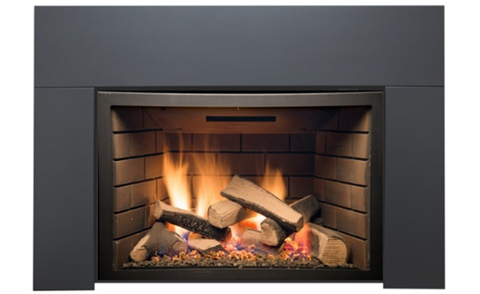 Abbot gas fireplace with logs